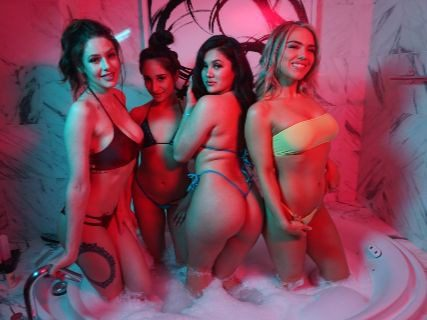 Top 3 Bachelor Party Pool Days in Las Vegas